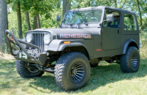 Picture of a 1979 Jeep CJ7 wired with the Infinitybox system
