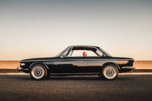 Custom-BMW-E9-Left-Side wired with the Infinitybox system