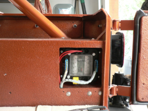Rear POWERCELL Mounted in a Jeep YJ wired with the Infinitybox System